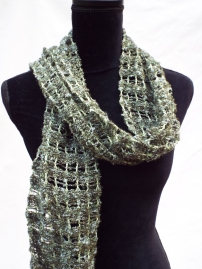green lacey scarf (1)